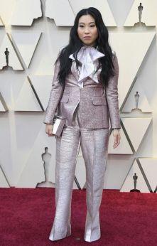 Oscar 2019 Awkwafina veste Dsquared2 e joias Chopard @ Getty