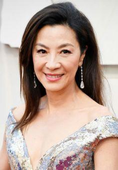 Oscar 2019 Michelle Yeoh vese Elie Saab e joias Chopard @ Getty_02