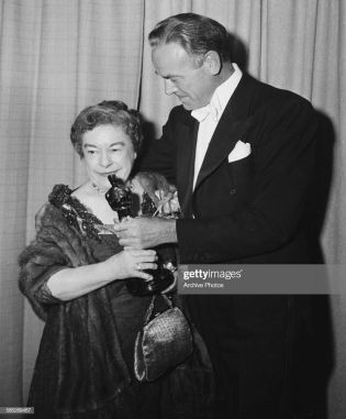 Oscar 1951 Josephine Hull (Harvey) @ Getty Image