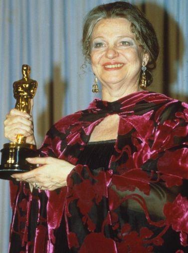 Oscar 1986 Geraldine Page (Retorno a Bountiful) veste Gail Cooper-Hecht @ Getty