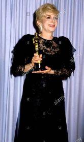 Oscar 1988 Olympia Dukakis (Feitiço da Lua) @ Phil Roach - Globe Photos - Zumapres
