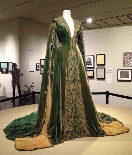 10. E O Vento Levou - Vestido Scarlett O'Hara by Walter Plumkett @ Reprodução (4)