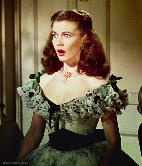 2. E O Vento Levou - Vestido Scarlett O'Hara by Walter Plumkett @ Reprodução (2)