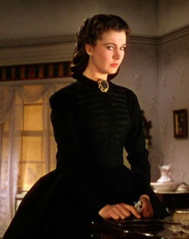 21. E O Vento Levou - Vestido Scarlett O'Hara by Walter Plumkett @ Reprodução (1)