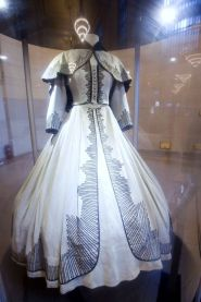 9. E O Vento Levou - The Shantytown Dress - Scarlett O'Hara by Walter Plumkett @ Reprodução (2)