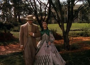 9. E O Vento Levou - Vestido Scarlett O'Hara by Walter Plumkett @ Reprodução (1)