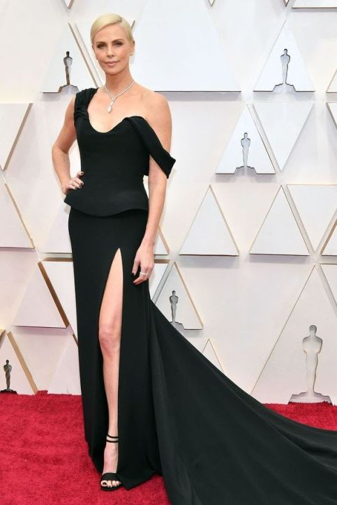 Oscar 2020 Charlize Theron veste Dior Couture @Shutterstock