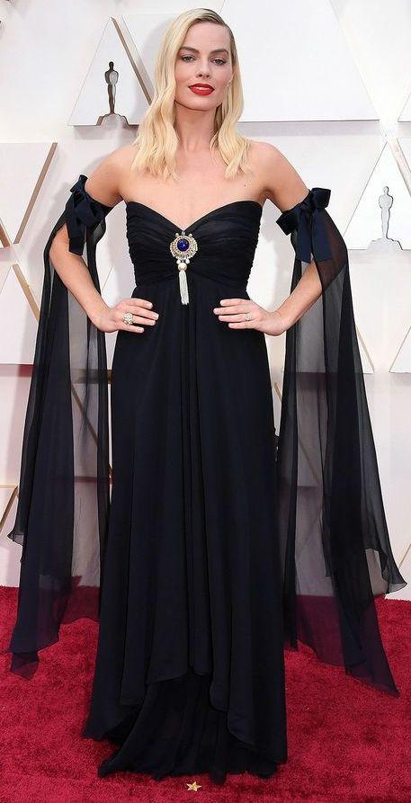 Oscar 2020 Margot Robbie @ Shutterstock_
