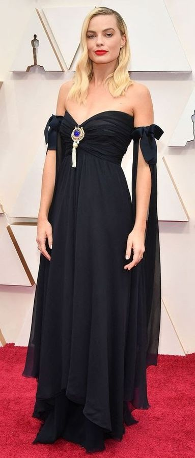 Oscar 2020 Margot Robbie @ Shutterstock