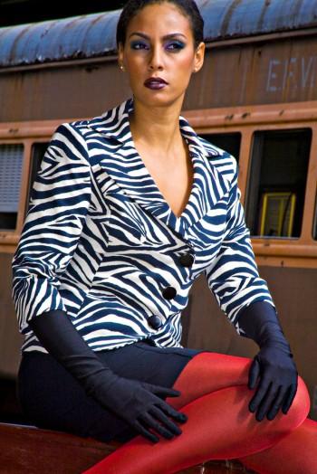 Thalita Ivy na Revista Residenciais Maio 2010 @ Tácito Carvalho e Silva
